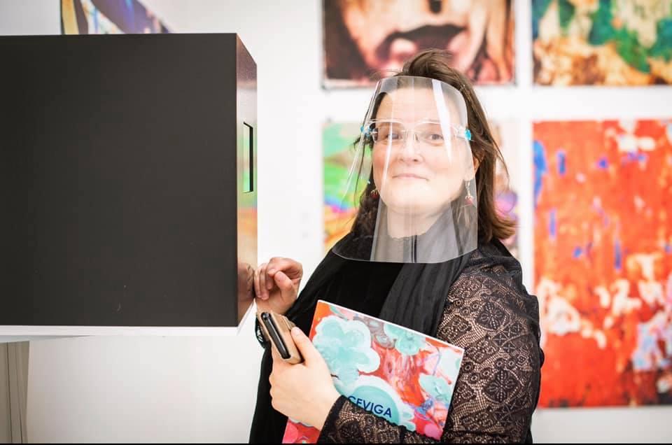 Art critic Irena Kukota discovered Marina Alexeeva's video installation at Saatchi Gallery 2020